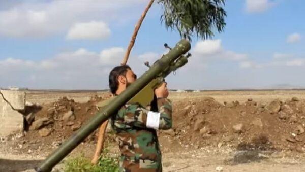 Ansar al-Islam Front with SA-7 Strela-2 anti aircraft weapon - Sputnik International
