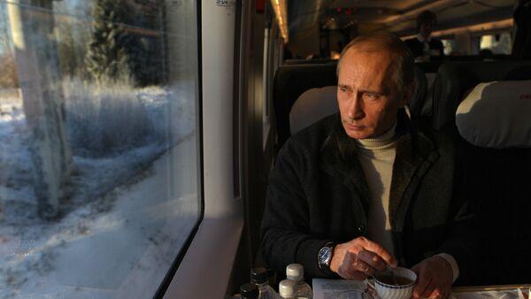 Vladimir Putin takes trip on newly launched Sapsan high-speed train - Sputnik International