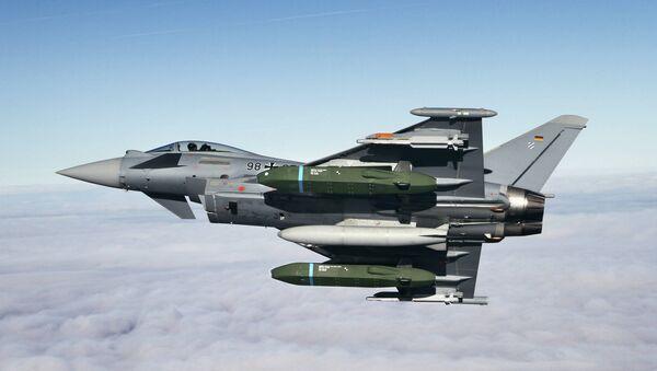 Eurofighter Typhoon Flight tests with Taurus KEPD 350 missile - Sputnik International