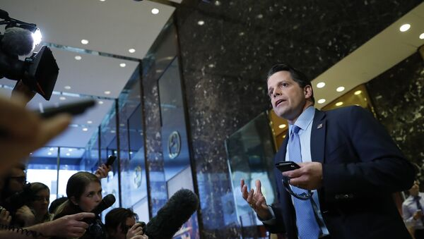 Anthony Scaramucci, a member of President-elect Donald Trump's transition team executive committee, and founder and Co-Managing Partner of investment firm SkyBridge Capital, talks with media at Trump Tower, Thursday, Nov. 17, 2016, in New York - Sputnik International