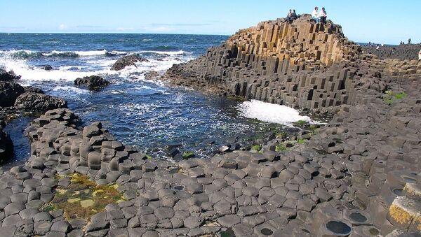 Columns of basaltic rock at the Giant's Causeway in Northern Ireland - Sputnik International