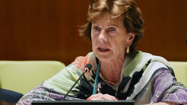 """Neelie Kroes, Vice-President of the European Commission responsible for the Digital Agenda for Europe, speaks at a high level meeting on """"Contributions of North-South, South-South, Triangular Cooperation, and ICT for Development to the Implementation of the Post-2015 Development Agenda"""" May 21, 2014 at United Nations headquarters in New York - Sputnik International"""