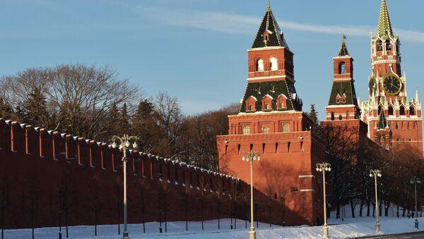 Moscow Kremlin towers (from left): Konstantino-Yeleninskaya, Nabatnaya, Tsarskaya and Spasskaya - Sputnik International