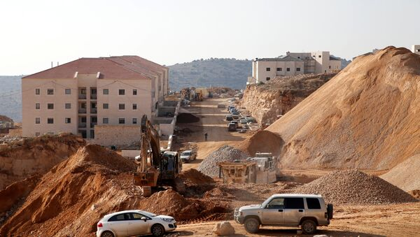 A construction site is seen in the Israeli settlement of Beitar Ilit, in the occupied West Bank December 22, 2016 - Sputnik International