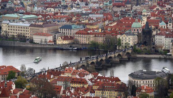 Karluv Most (Charles Bridge) across the Vltava River in Old Prague - Sputnik International