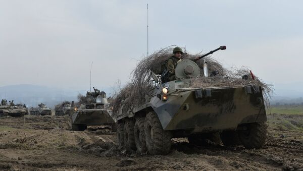 BTR-82A armored personnel carriers - Sputnik International
