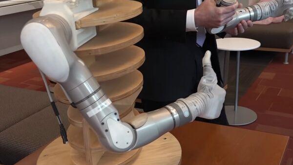 DARPA's LUKE Prosthetic Arms - Sputnik International