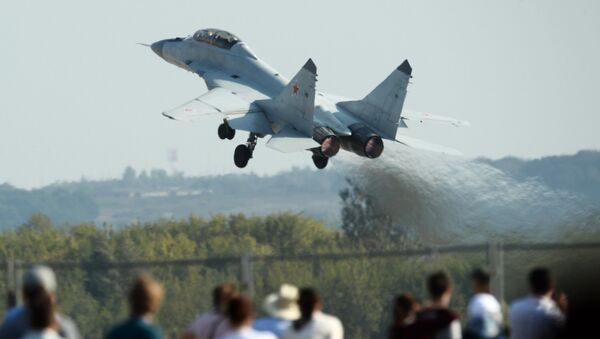 MiG-35 fighter performs a demonstration flight at the Maks-2015 International Aerospace Salon in Zhukovsky near Moscow - Sputnik International