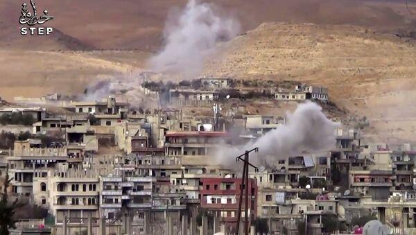 Smoke rise from shelling on Wadi Barada, northwest of Damascus, Syria - Sputnik International