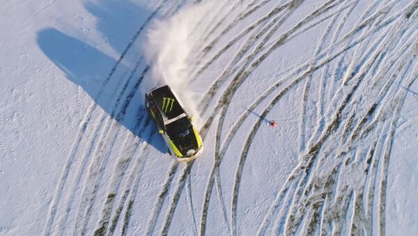 Extreme Winter Fun: Drone Footage of Stunning Drift in Moscow - Sputnik International