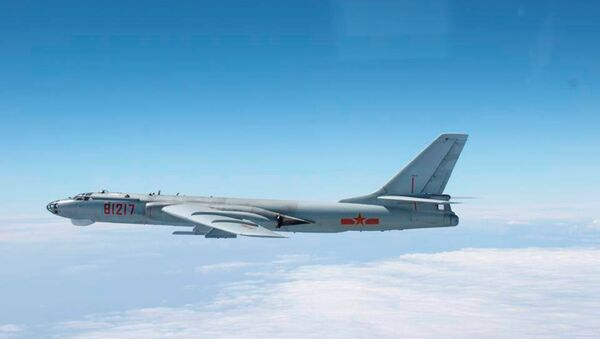 PLA Air Force Xian H-6 Bomber - Sputnik International