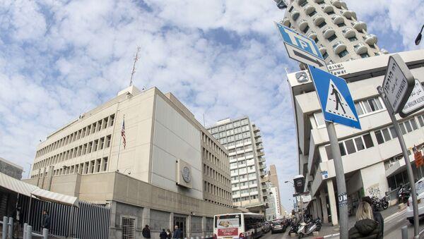 A picture taken on December 28, 2016 shows the US Embassy building in the Israeli coastal city of Tel Aviv. - Sputnik International