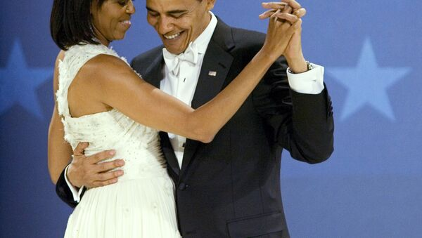 President Barack Obama dances with first lady Michelle Obama at the Midwestern Ball at Convention Center, Tuesday, Jan. 20, 2009, in Washington. - Sputnik International