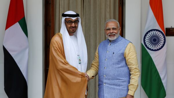 Sheikh Mohammed bin Zayed al-Nahyan, Crown Prince of Abu Dhabi and UAE's deputy commander-in-chief of the armed forces shakes hands with India's Prime Minister Narendra Modi (R) during a photo opportunity ahead of their meeting at Hyderabad House in New Delhi, India, January 25, 2017. - Sputnik International