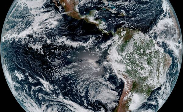 NOAA's GOES-16 Satellite Snapped this Photo of Earth - Sputnik International