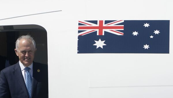 Australia's Prime Minister Malcolm Turnbull looks out from his plane upon arrival at the international airport to attend the Asia-Pacific Economic Cooperation (APEC) Summit in Manila on November 17, 2015. - Sputnik International
