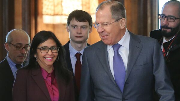 Russian Foreign Minister Sergei Lavrov and his Venezuelan counterpart Delcy Rodriguez during a meeting in Moscow, Feb. 6, 2017 - Sputnik International