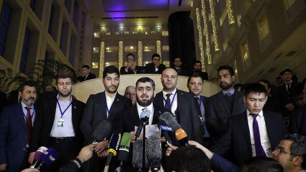 Mohammed Alloush, head of a Syrian opposition delegation, center, speaks to the media after the talks on Syrian peace in Astana, Kazakhstan, Tuesday, Jan. 24, 2017 - Sputnik International
