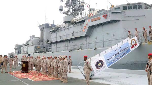 A Saudi Arabian frigate assualted by Houthis returns to safe shores. - Sputnik International