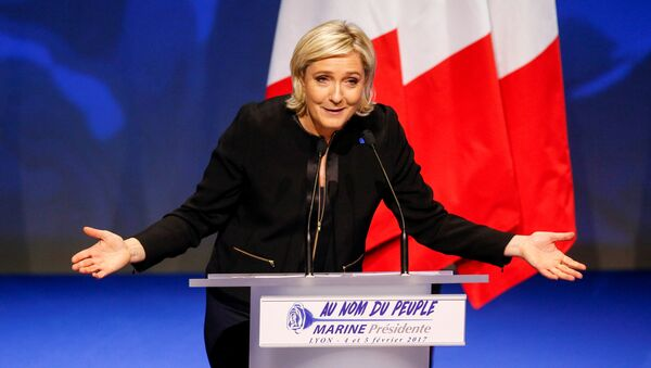 Marine Le Pen, French National Front (FN) political party leader and candidate for the French 2017 presidential election, attends the 2-day FN political rally to launch the presidential campaign in Lyon, France February 5, 2017. - Sputnik International