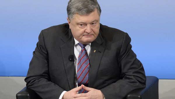 Ukrainian Petro Poroshenko attends a panel discussion on the first day of the 53rd Munich Security Conference (MSC) at the Bayerischer Hof hotel in Munich, Germany, February 17, 2017 - Sputnik International