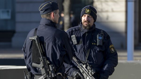 Armed police officers at the Gustaf Adolfs square in central Stockholm, Sweden. (File) - Sputnik International