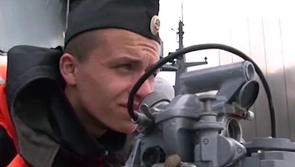Russian Baltic Fleet Conducts Artillery Exercises - Sputnik International