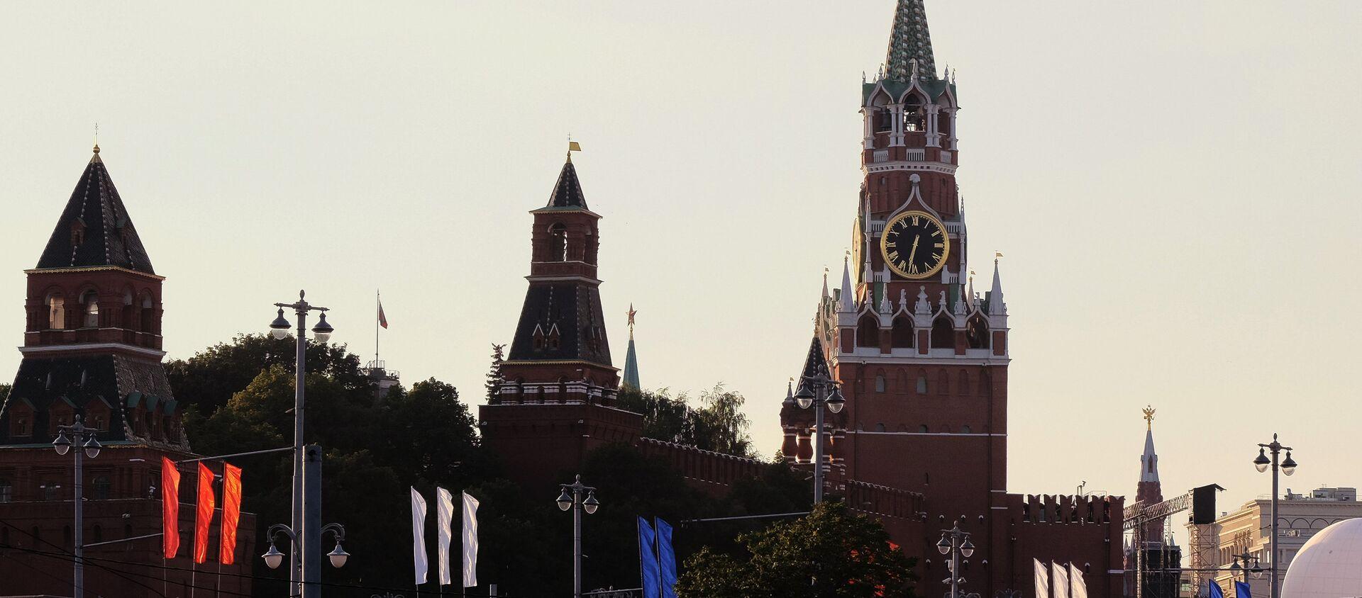 The Moscow Kremlin towers. (File) - Sputnik International, 1920, 17.05.2017