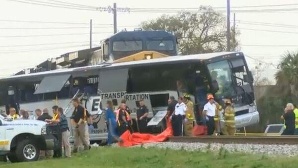 Crash in Buloxi, Miss. Courtesy of WLOX News Now. - Sputnik International