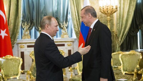 Russian President Vladimir Putin, left, speaks to Turkey's President Recep Tayyip Erdogan during their meeting in the Kremlin in Moscow, Russia, Friday, March 10, 2017 - Sputnik International