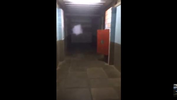 Door Repeatedly Slams Shut at Morgue - Sputnik International