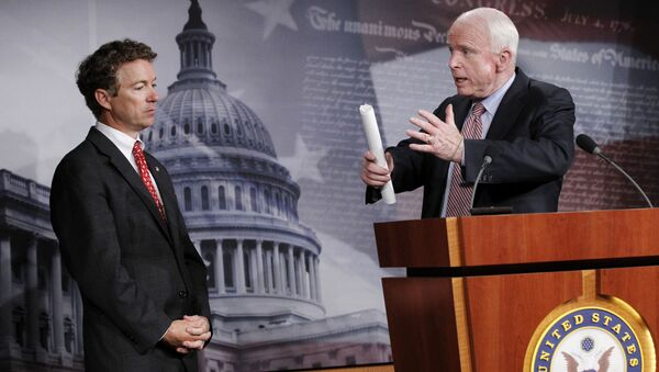 John McCain and Rand Paul - Sputnik International