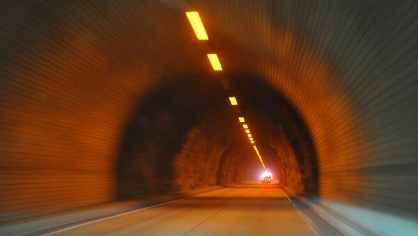 Tunnel - Sputnik International
