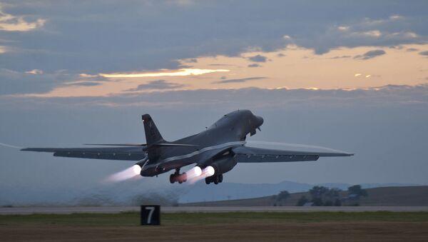 A US B-1B Lancer bomber taking off. File photo  - Sputnik International