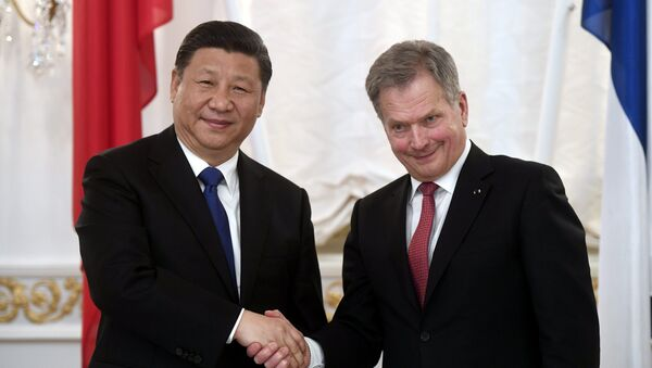 China's President Xi Jinping and Finland's President Sauli Niinisto shake hands during the signing ceremony at the Presidential Palace in Helsinki, Finland April 5, 2017. - Sputnik International