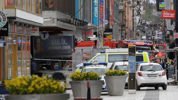 People were killed when a truck crashed into department store Ahlens on Drottninggatan, in central Stockholm, Sweden April 7, 2017. - Sputnik International