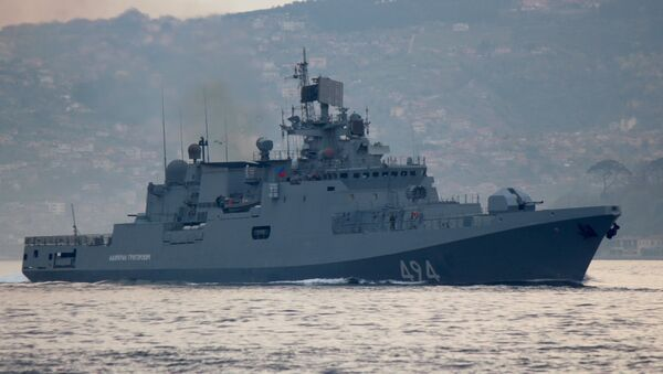 The Russian Navy's frigate Admiral Grigorovich sails in the Bosphorus on its way to the Mediterranean Sea, in Istanbul, Turkey April 7, 2017 - Sputnik International