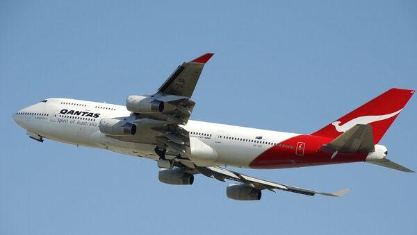Qantas Boeing 747 - Sputnik International
