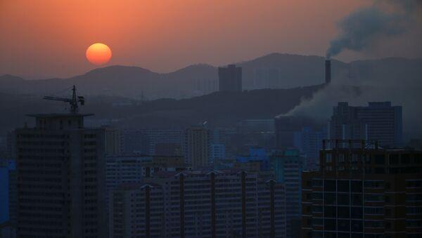 The sun set in Pyongyang, North Korea April 12, 2017. - Sputnik International