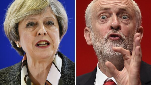 A combination of pictures created in London on April 18, 2017 shows British Prime Minister and Conservative Party leader Theresa May (L) speaking at a press conference during a European Summit at the EU headquarters in Brussels on March 9, 2017 and Britain's main opposition Labour Party leader Jeremy Corbyn (R) speaking on the fourth day of the annual Labour Party conference in Liverpool, north west England on September 28, 2016. - Sputnik International