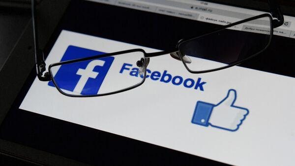 A Facebook logo - Sputnik International