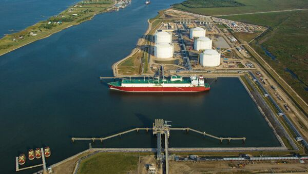 Golden Pass LNG Terminal on the Sabine-Neches Waterway in Sabine Pass, Texas - Sputnik International