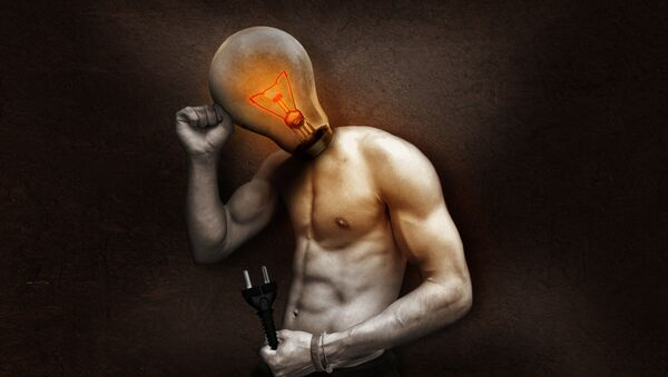 Man with lightbulb for head holding a cable - Sputnik International