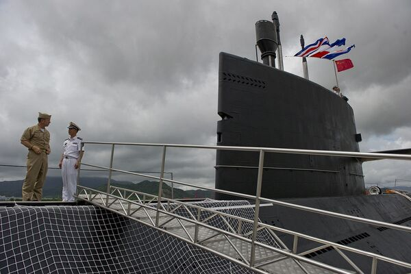 Chinese People's Liberation Army-Navy submarine Yuan at the Zhoushan Naval Base in China  - Sputnik International