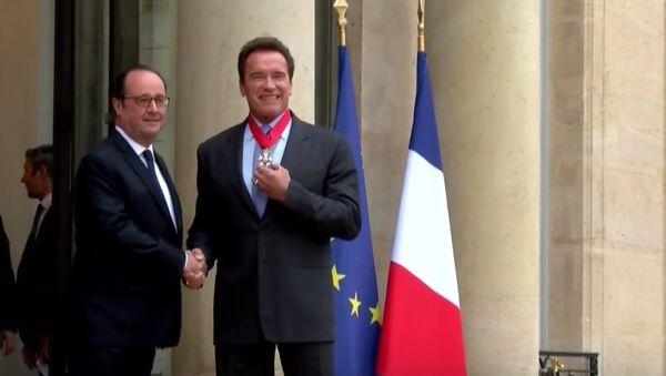 Arnold Schwarzenegger Receives Legion Of Honor  - Sputnik International