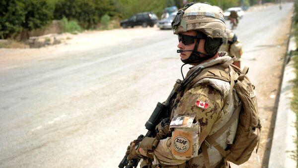 A Canadian NATO soldier  - Sputnik International