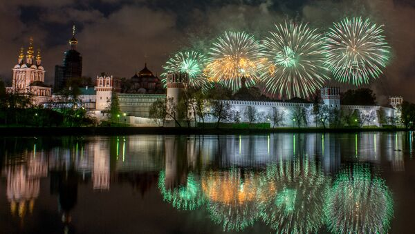 Victory Day fireworks at Novodevichy Convent in Moscow - Sputnik International