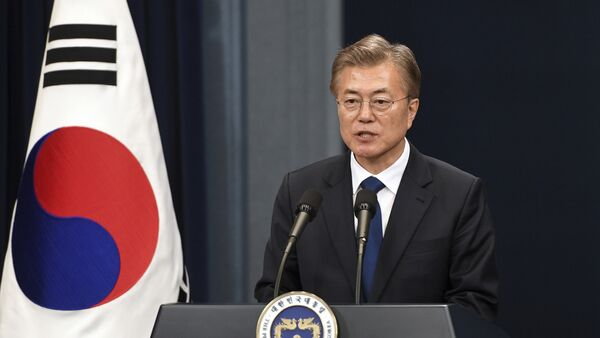 South Korea's new President Moon Jae-In speaks during a press conference at the presidential Blue House in Seoul Wednesday, May 10, 2017 - Sputnik International