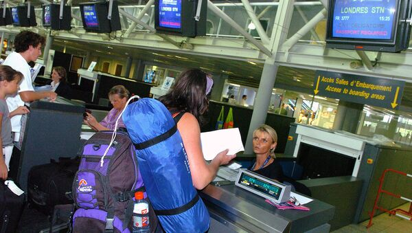 Airport Counter in Europe - Sputnik International