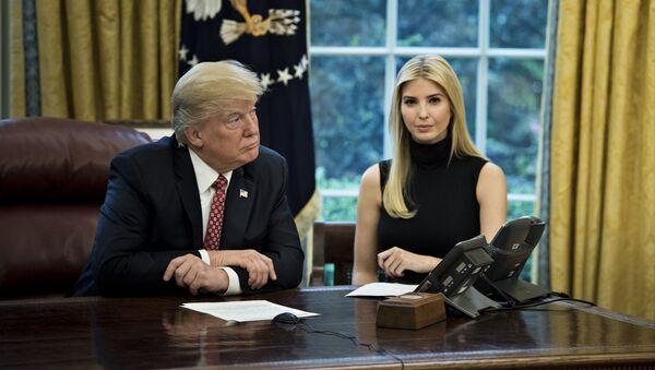 US President Donald Trump (L) and Ivanka Trump - Sputnik International
